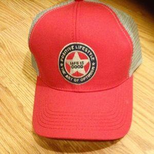 NWT mens/unisex baseball cap, hat red adjustable